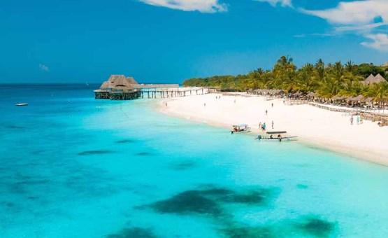 Zanzibar - Z letalom na poti