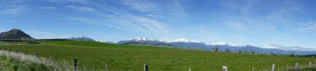 On préfère les montagnes sous le ciel bleu