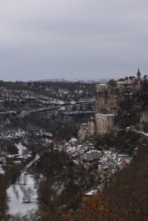 Rocamadour, Lot, 21 décembre 2009, 11:27 (extrait d'une épigramme de Marot)