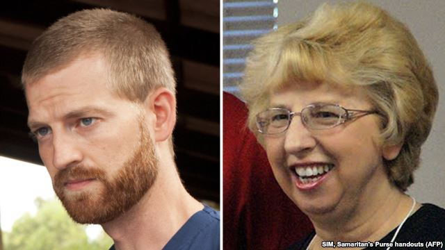 Le Dr Kent Brantly et Nancy Writebol ont pu quitter l'hôpital Emory à Atlanta (Crédits photo: AFP)