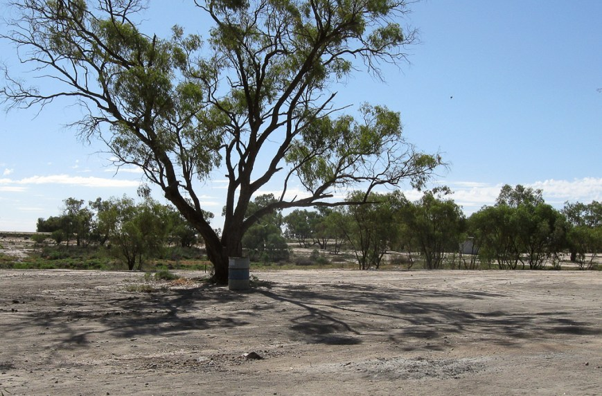 Burke-and-Wills-Camping-area