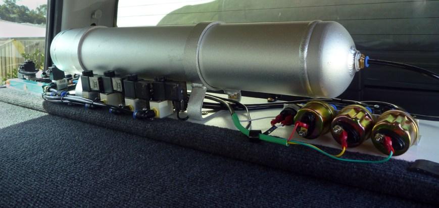 Air-tank-and-bits