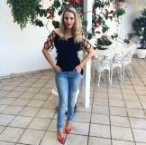 jeans-e-blusa-preta