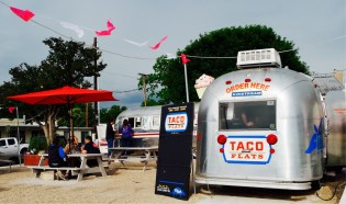 Place food trucks à Austin - Texas - Etats-Unis