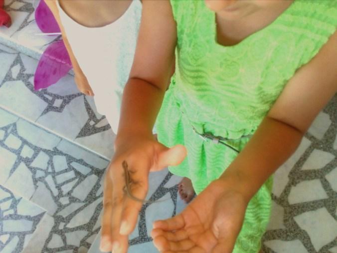 Daj mi ruku, Leto