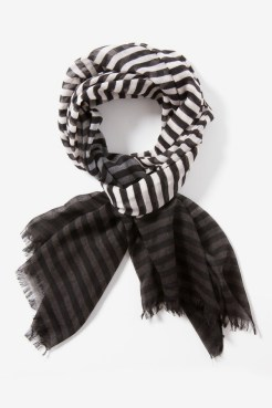 https://www.letote.com/accessories/3650-stripe-ombre-scarf