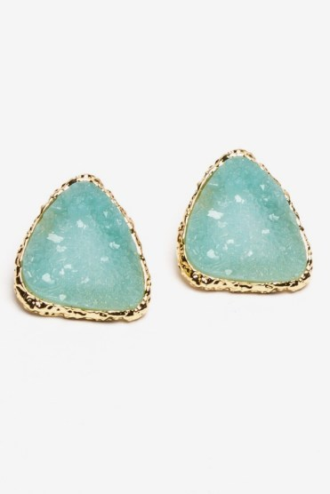 https://www.letote.com/accessories/4104-large-faux-druzy-studs