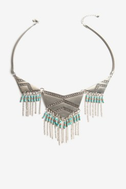 https://letote.com/accessories/4671-tribe-fringe-necklace