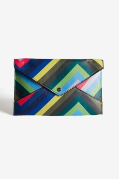 https://www.letote.com/accessories/4625-chevron-handle-clutch