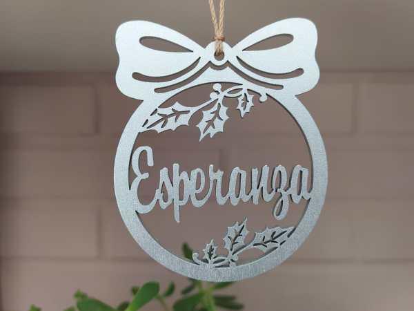 Esfera Navideña con palabras pintada