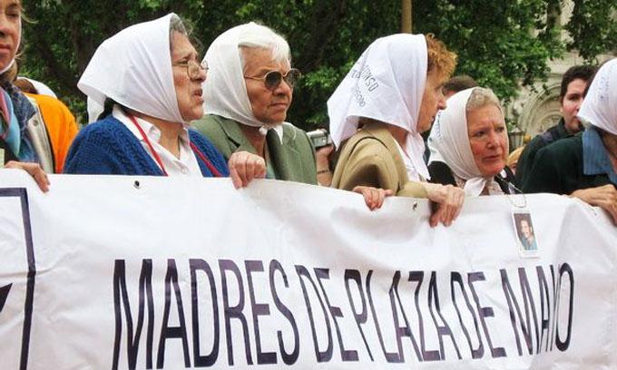 Madres de Plaza de Mayo | Ισπανικά