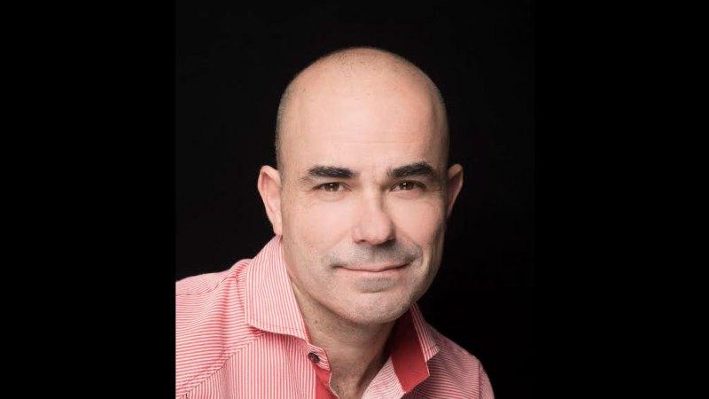 La literatura como campo de juego y franqueza emocional. Entrevista a Eduardo Sacheri | Letra Urbana