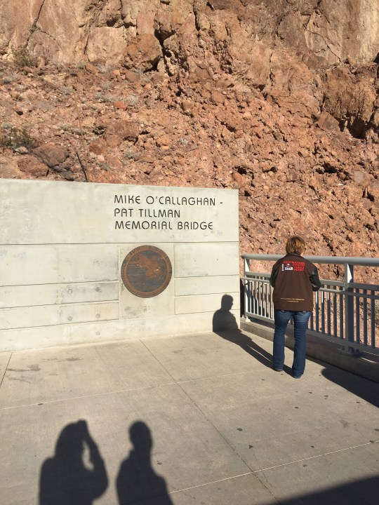 Sign for the Hoover Dam bridge