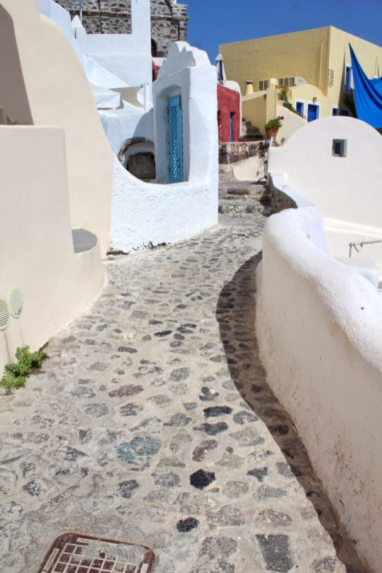The walkway right outside our Airbnb in Santorini