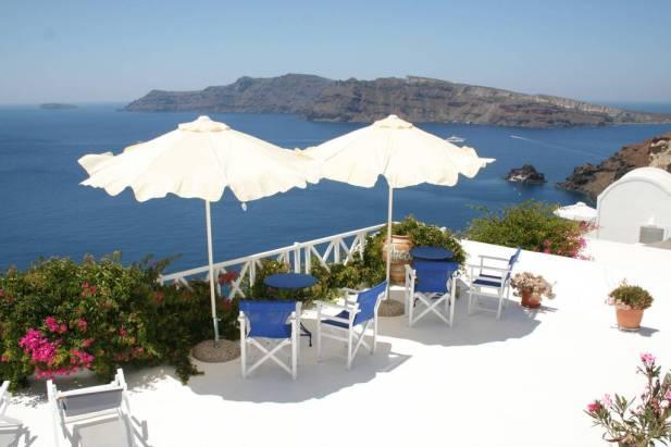 Magic view of Oia's Caldera, Thea Superior Studio - Satorini Airbnb