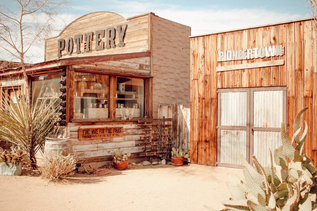 pioneertown pottery store