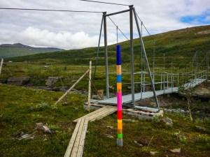 Bron över Árasjåhkå