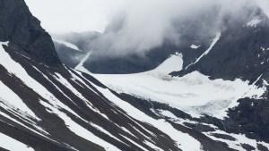Liten glaciär på Reaiddáčohkka