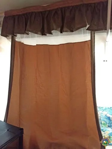 how to make pop up camper curtains