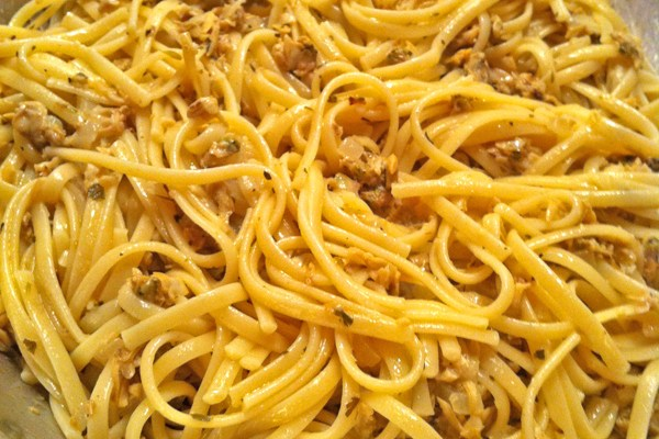 Dad's Favorite Linguini in Lemon Clam Sauce