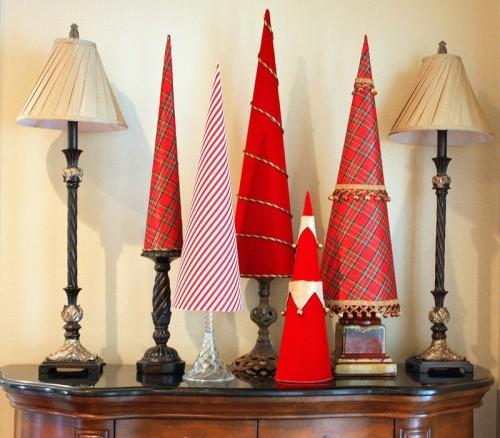 Vánoční stromeček z papíru - Zdroj: Shelterness.com