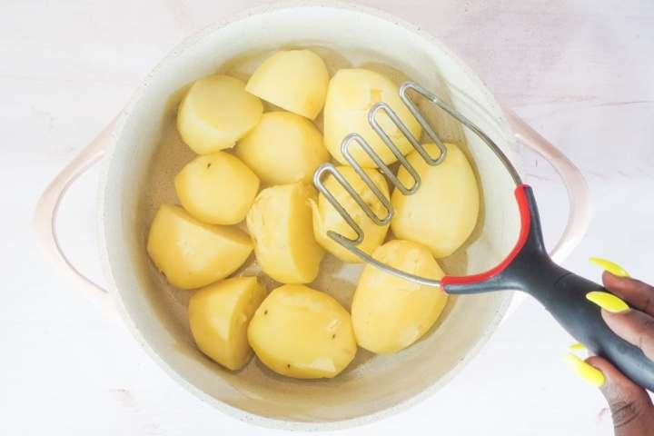 mash potatoes