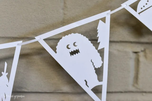 Into the Woods - Cut-Out Paper Pennants using a Cricut #designspacestar #cddsteam10