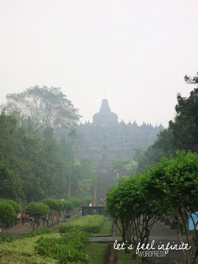 Borobudur 1,6