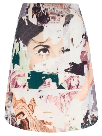 http://www.farfetch.com/shopping/women/carven-printed-a-line-skirt-item-10449715.aspx?storeid=9615