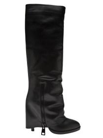 http://www.farfetch.com/shopping/women/kalliste-foldover-boot-item-10493143.aspx?storeid=9573