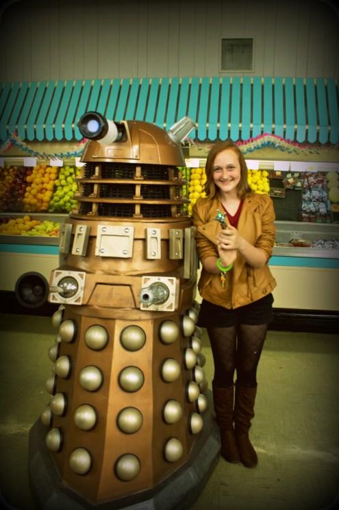 Amelia and Dalek Gana