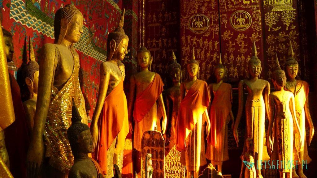 Posągi Buddy w Luang Prabang