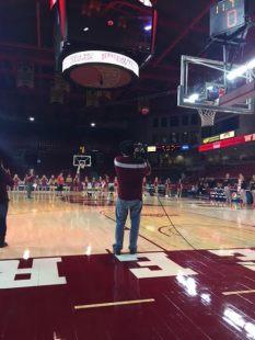 Fans fall short on $500 shot.