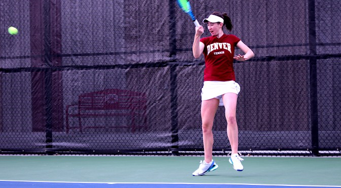 Women's tennis crushes Western Illinois 7-0; Wednesday match canceled