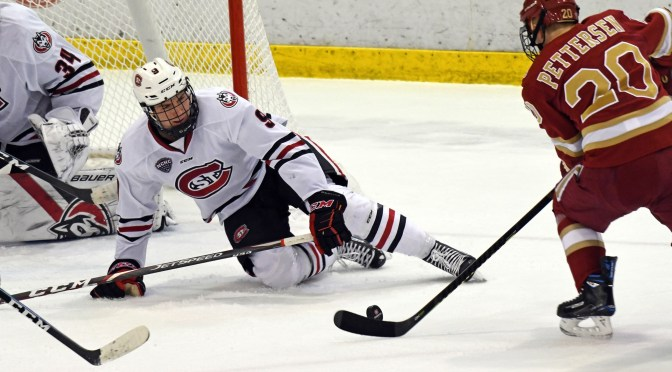 Pioneers earn road split against St. Cloud State to take home ice inside track