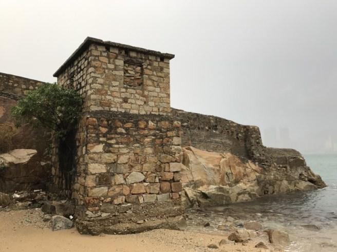 東龍島>鯉魚門石礦場遺址