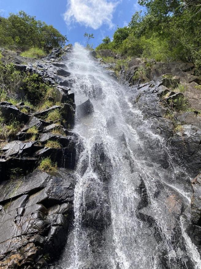 行山看瀑與潭