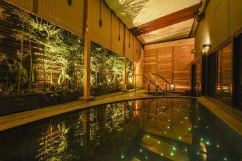 京都四條烏丸安心之宿膠囊旅館