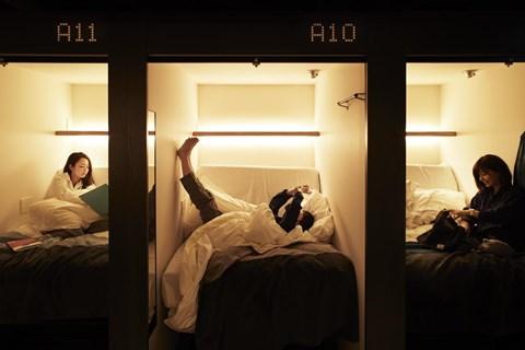京都千禧一代膠囊旅館房間