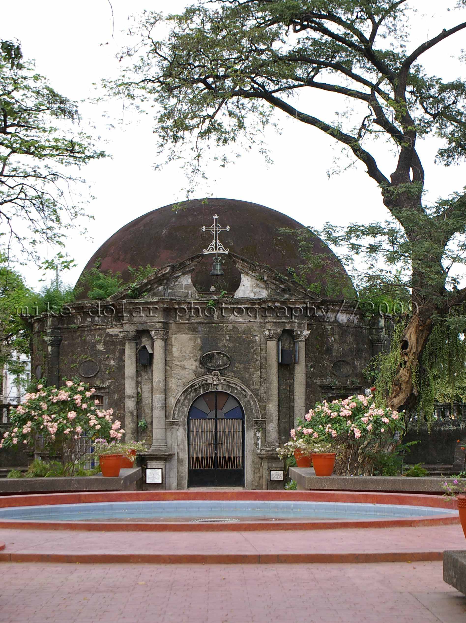 the charming chapel of paco park