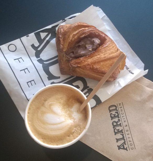 Chocolate danese @Alfred Coffee