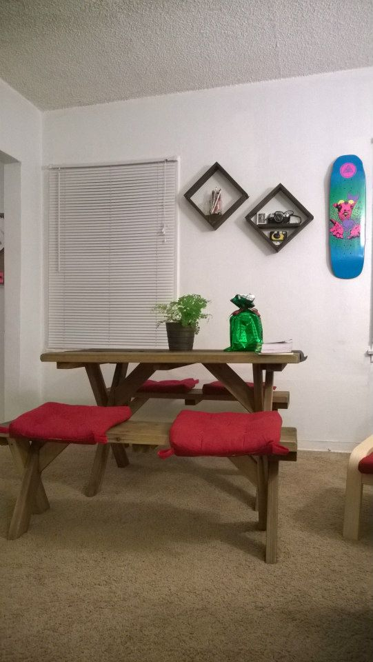 Airbnb - Shared room in L.A.