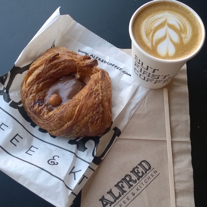 Dove mangiare a Los Angeles: Alfred coffee