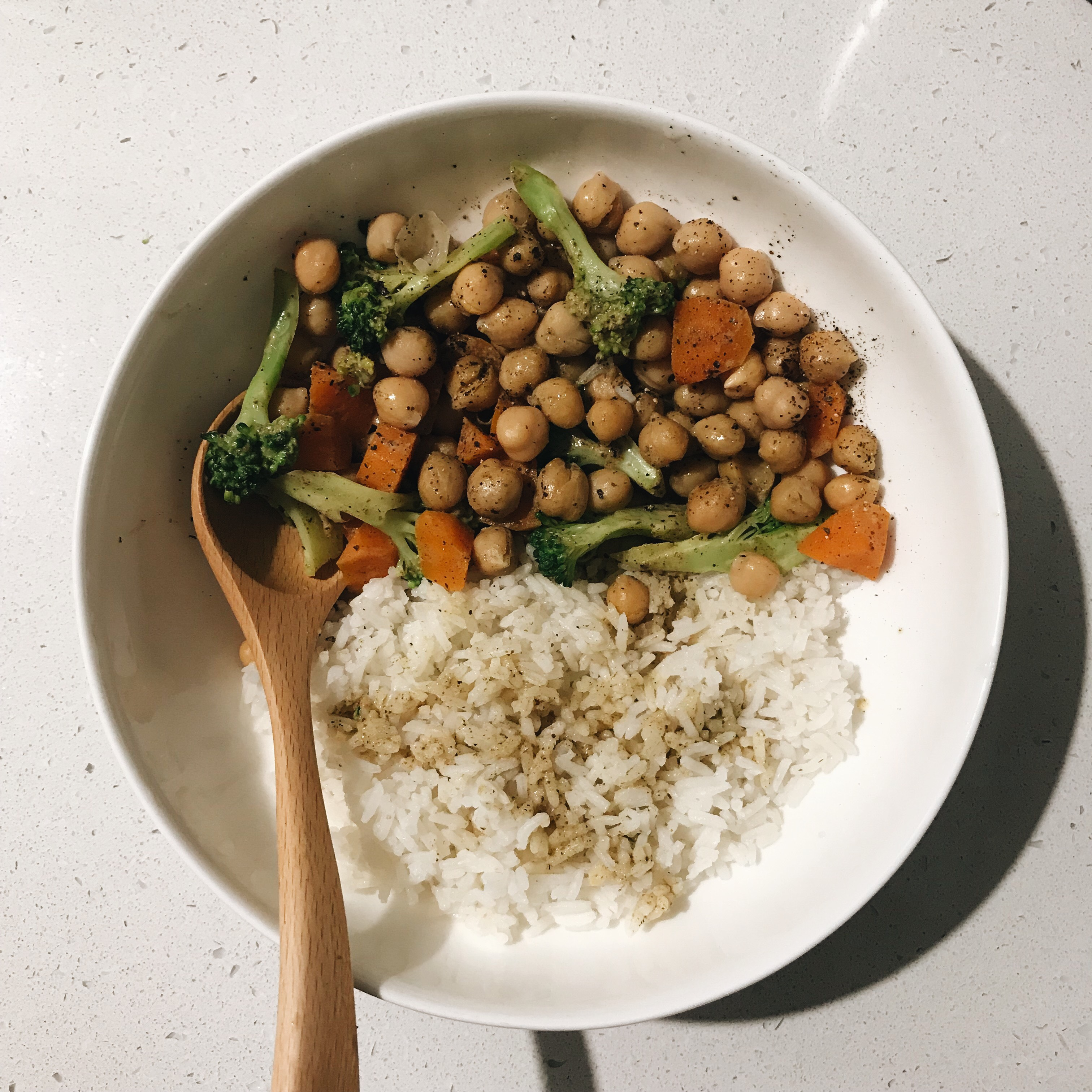Fast and Simple Chickpea Curry