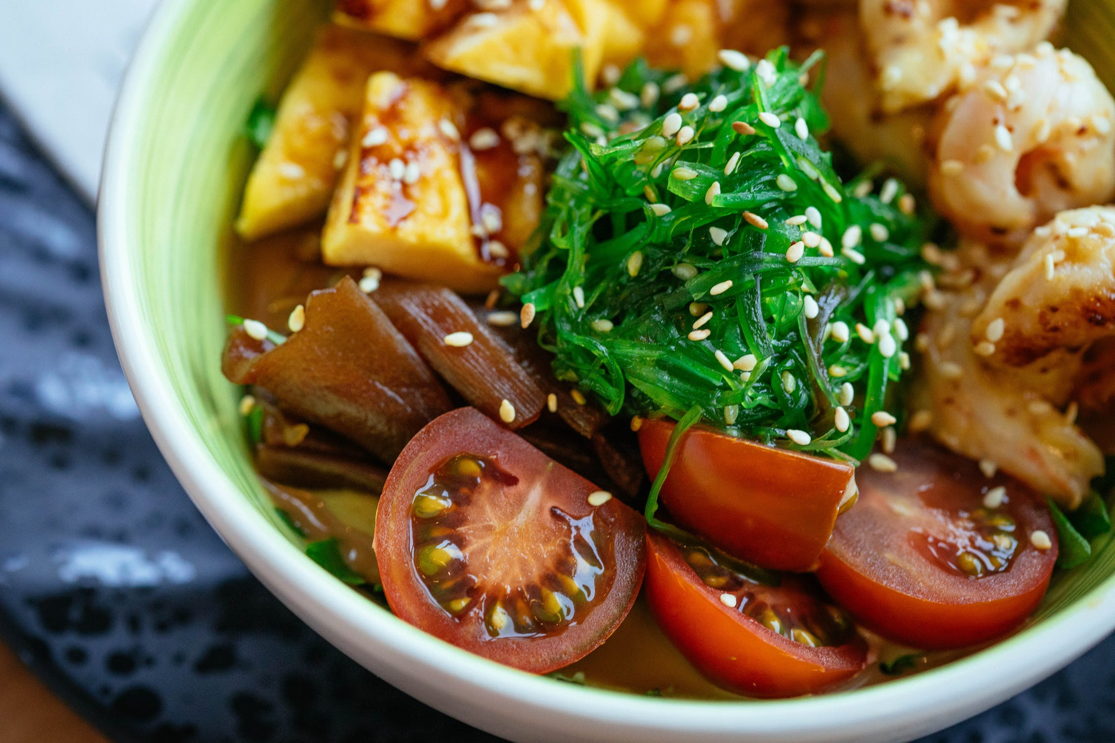What 5 health conscious vegans eat in a day