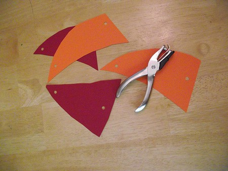 Making the Sails for Ice Pirate Ship Craft for Kids: Camp Sunny Patch Session 1