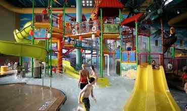 Go BIG or Go Home  — KeyLime Cove Water Park Resort : Lake County, Illinois (Chicago)