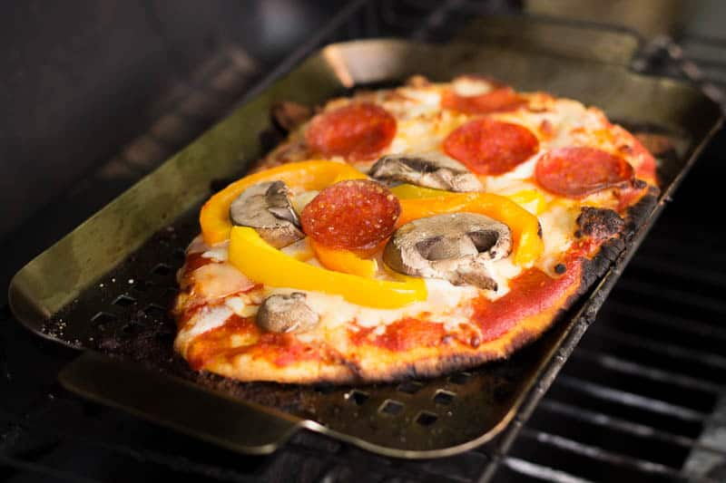 grilled-pizza-3-4