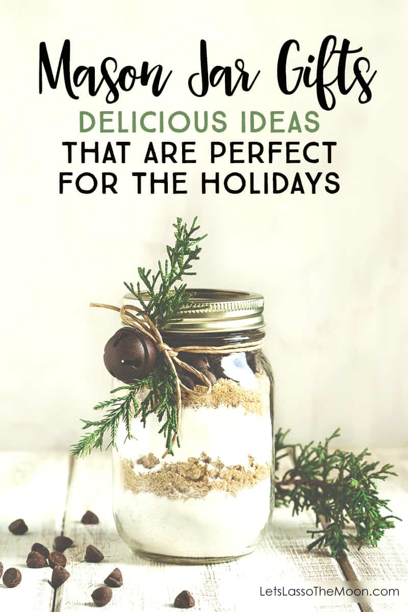 7 Mason Jar Gifts That Are Perfect for Christmas: Delicious handmade gifts for the holidays *Loving this collection of DIY ideas