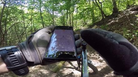 Ogni tanto bisogna farsi aiutare dalle tecnologia per non perdersi tra i sentieri
